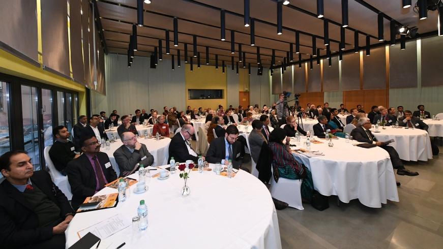 Auditorium in der Botschaft Indiens