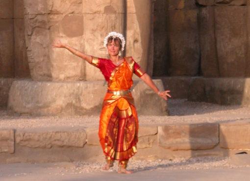 Amina Mendez tanzt Bharatanatyam