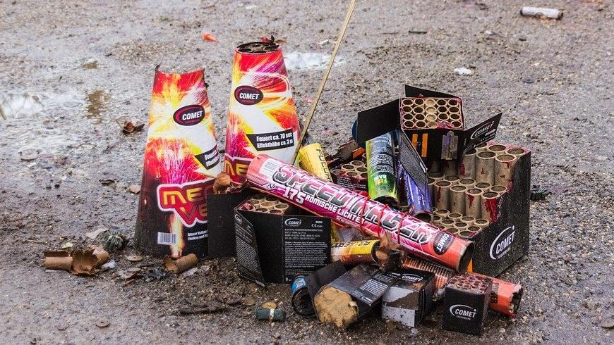 Pyrotechnik - Abfall