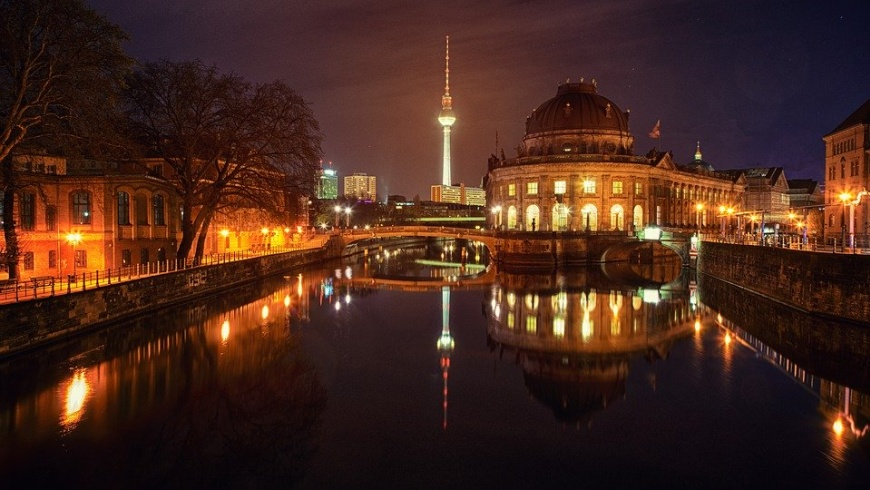 Berlin Mitte bei Nacht