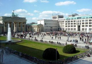 Pariser Platz mit Brandenburger Tor
